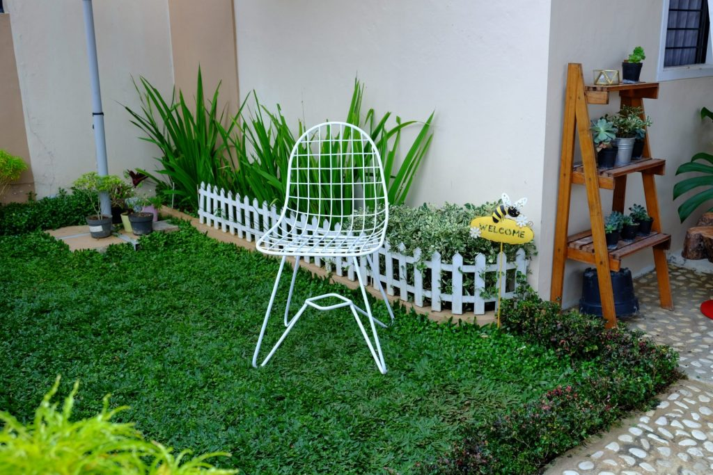lines chair (1)